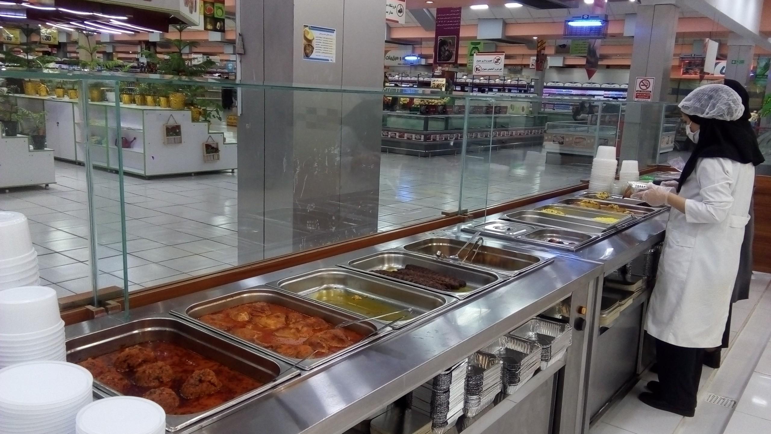 بازسازی بخش « غذای گرم » فروشگاه نجم خاورمیانه